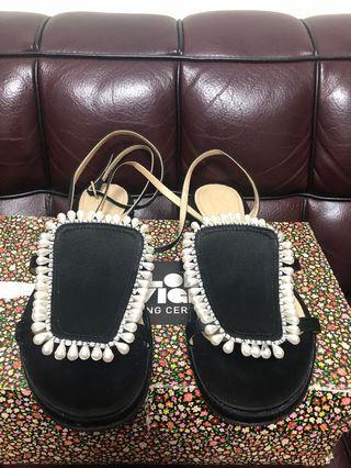 原價$4800) opening ceremony pearl sandal used Sz 39