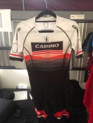 🚚 Camino Triathlon Suit Sz M