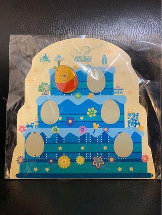 絕版迪士尼花蛋襟章,連底板