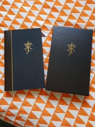 🚚 Lord of the rings deluxe slipcase edition - J R R Tolkien