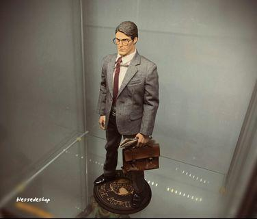 1/6 scale toy daily planet black wood base stand for clark kent Superman