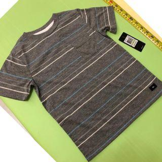 Quicksilver 4T top tee           (tommy hilfiger,mothercare,jcrew, crewcuts, chickeeduck, kingcow, carter, elle, crewcuts, zara kids, baby gap, gap, disney, polo)