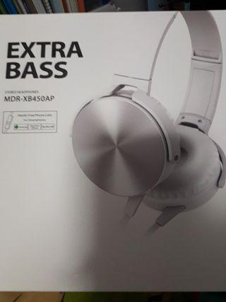 🚚 Brand new headphones, with strong bass