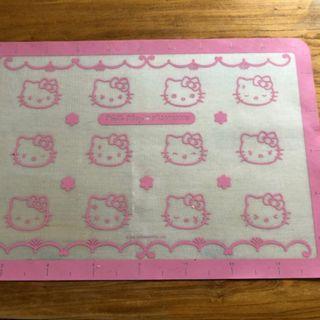 90% new Hello Kitty Bakery Mat