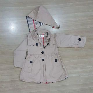 🚚 Trench coat