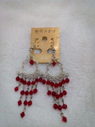 Anting Merah panjang
