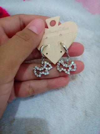 Anting Hello Kitty