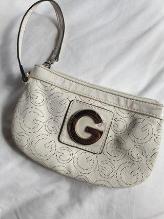 NEW Guess pouch