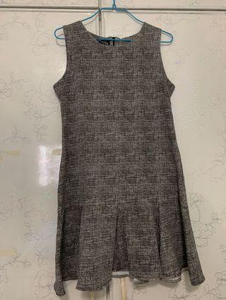 🚚 Gray Pleated Formal Dress #EndgameYourExcess