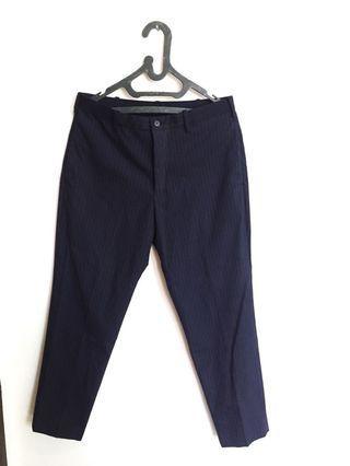 Celana bahan tapered pants UNIQLO