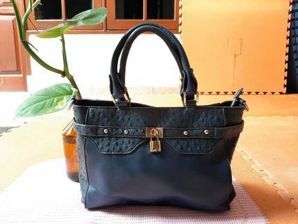 Authentic Cesti hand bag