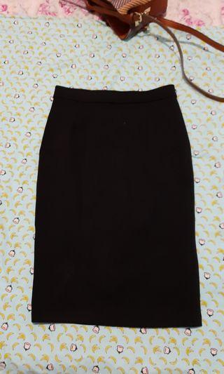 Black skirt merk : Mineola