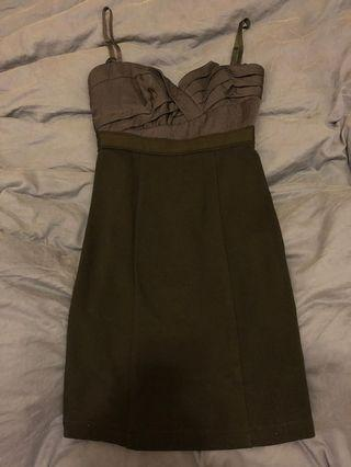Evening dress (straps are removable)