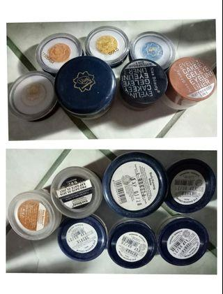 Eyeshadow cream dan body painting