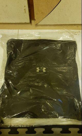 Underarmour sling bag