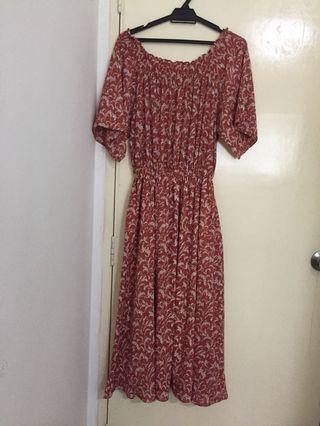 Off shoulder dress - RM30