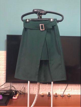 全新 墨綠裙子