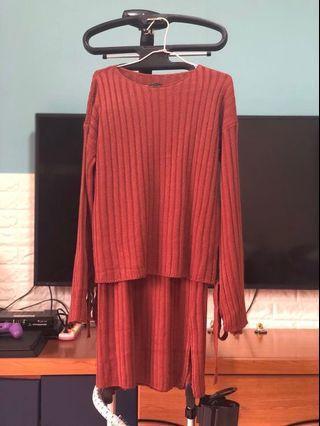全新 坑條毛衣+半身裙 (一套)
