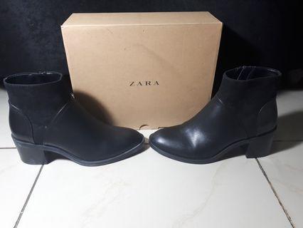 Zara Boots Original Size 5