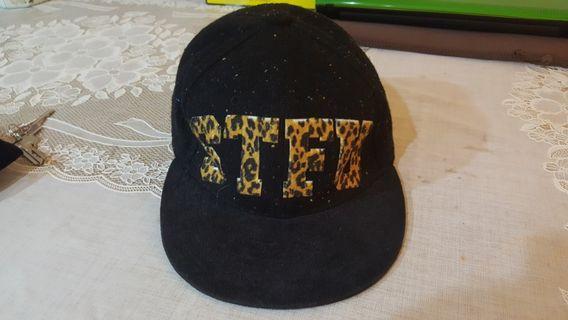 STFU帽子
