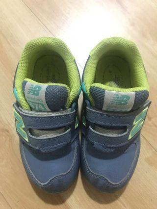 New balance kids shoes ori
