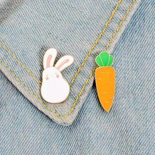 [BUY 3 FREE 1] rabbit and carrot enamel pin