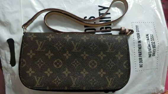 Authentic used LV Bag (Price Negotiable)