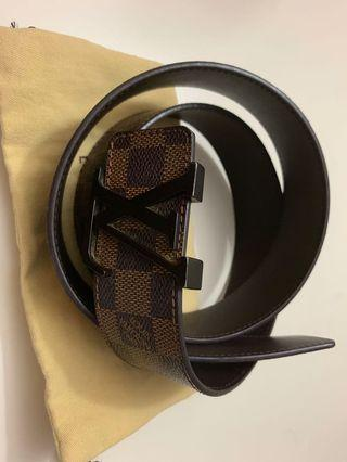 70e1becd6f0d Louis Vuitton belt in damier