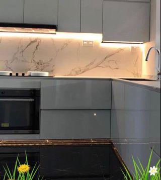 Glass kitchen backing
