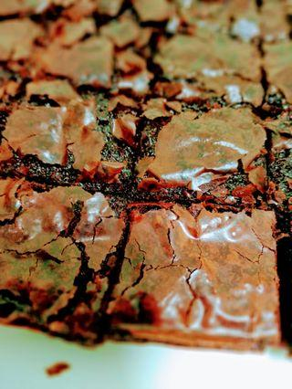 Red Velvet Brownies Bajet (9 inci)