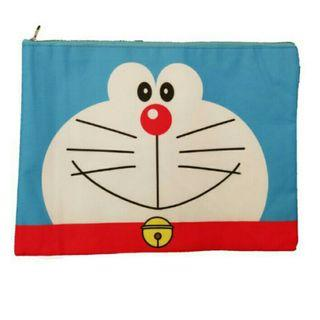 *FREE POST to West Malaysia only / Ready stock* Doraemon A4 zipper bag each as shown in design / color. Free delivery is applied for this item.