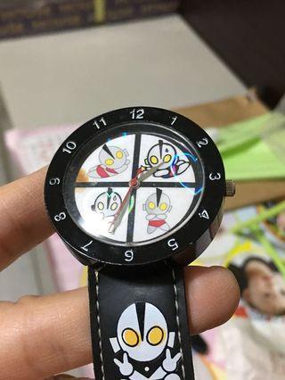 鹹蛋超人手錶2款