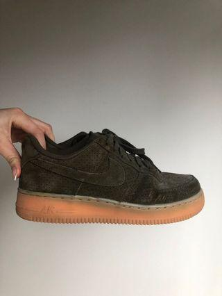Nike AF 1 Low Dark Green Suede (Women's 8.5)