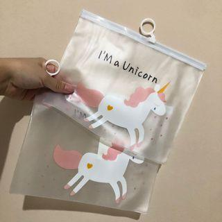 UNICORN TRANSPARANT POUCH
