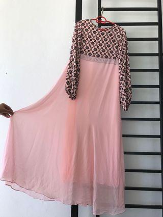 D'Perempuan Dress