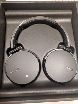 New Sony MDRXB950B1 Bluetooth ExtraBass Headphones