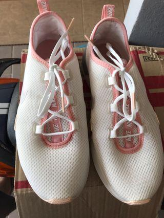 Nike Woman Shoes