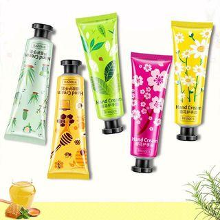 🦄CGL0332 iMages Winter Mini Hand Lotions🦄