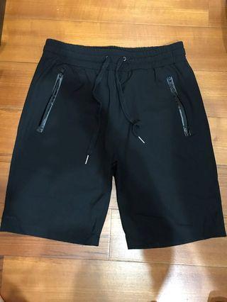 防潑水短褲