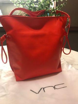 🚚 Orange Shoulder Bag