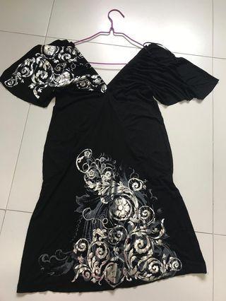 🚚 Black beach dress