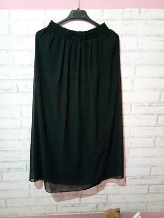 Black skirt chiffon