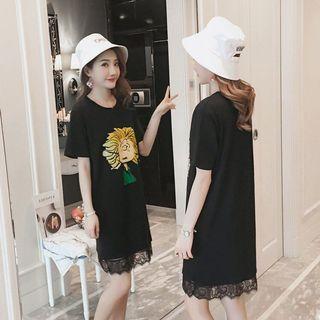 🚚 #預購#印花蕾絲拼接連身T恤裙