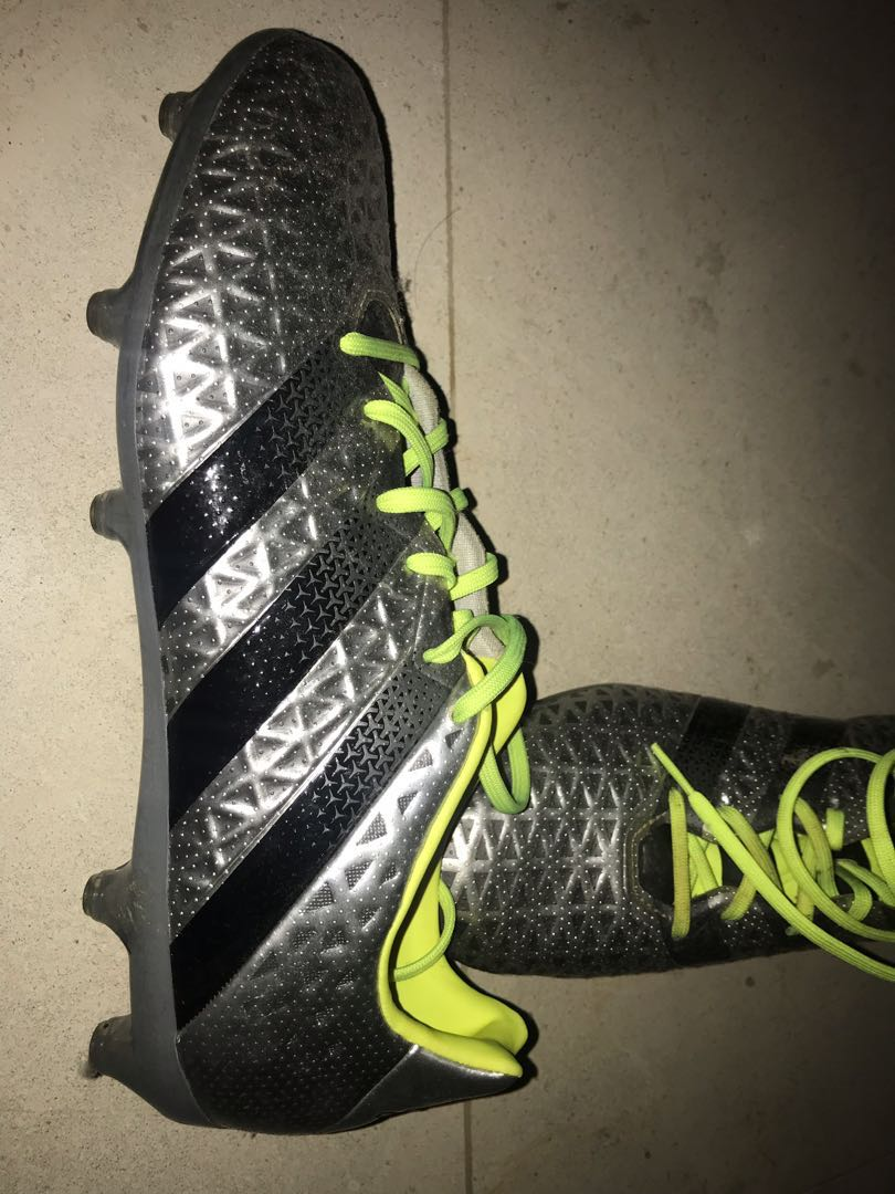 new arrival 6fc62 6c28a Adidas football boots, Men s Fashion, Footwear, Boots on Carousell