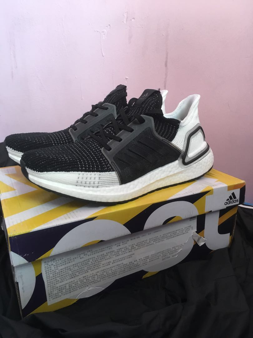 3277a687ed92b Adidas Ultra boost 5.0   19 black