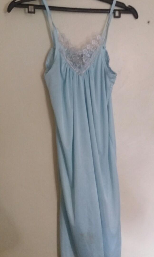Baju tidur biru laut