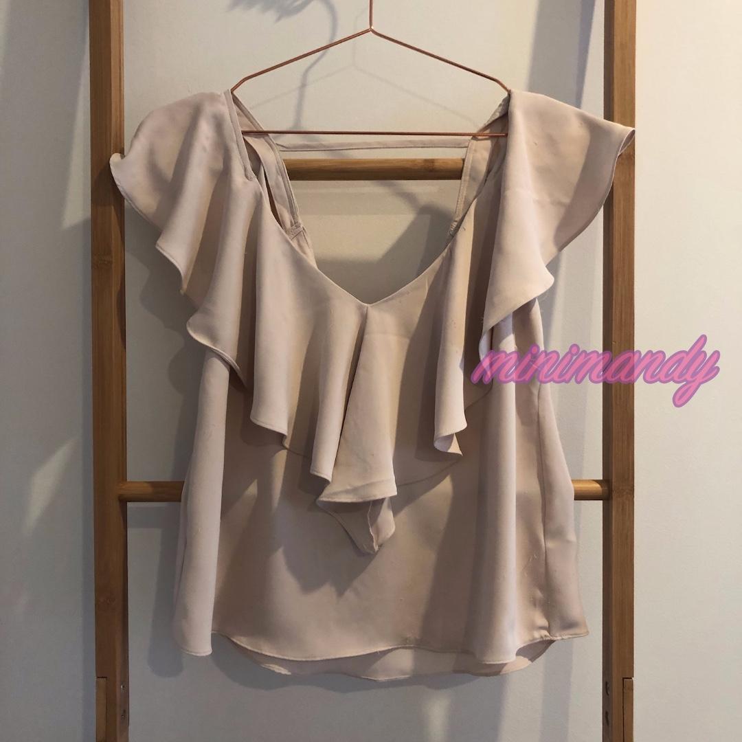 BARDOT nude pink V neck frill ruffle top sleeveless blouse size 8 #SundayMarket
