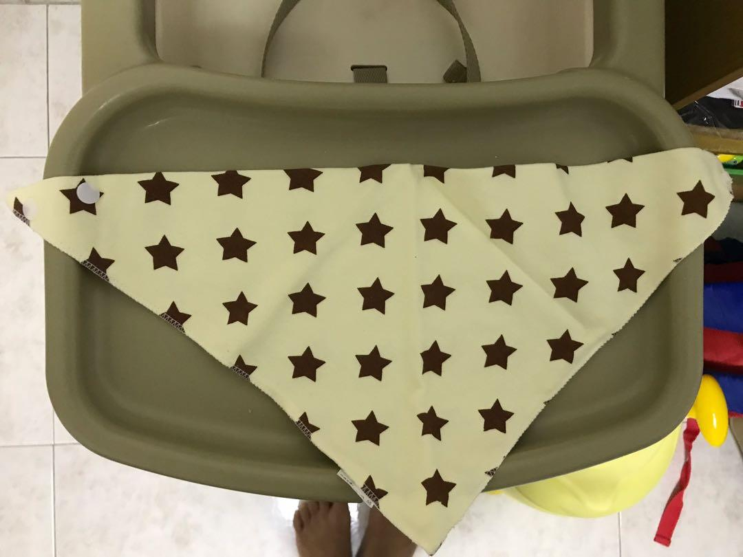 Brand new baby triangle bib and cloth