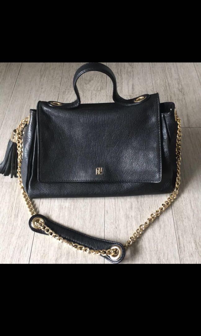 96df001f4 Carolina Herrera handbag, Luxury, Bags & Wallets, Handbags on Carousell