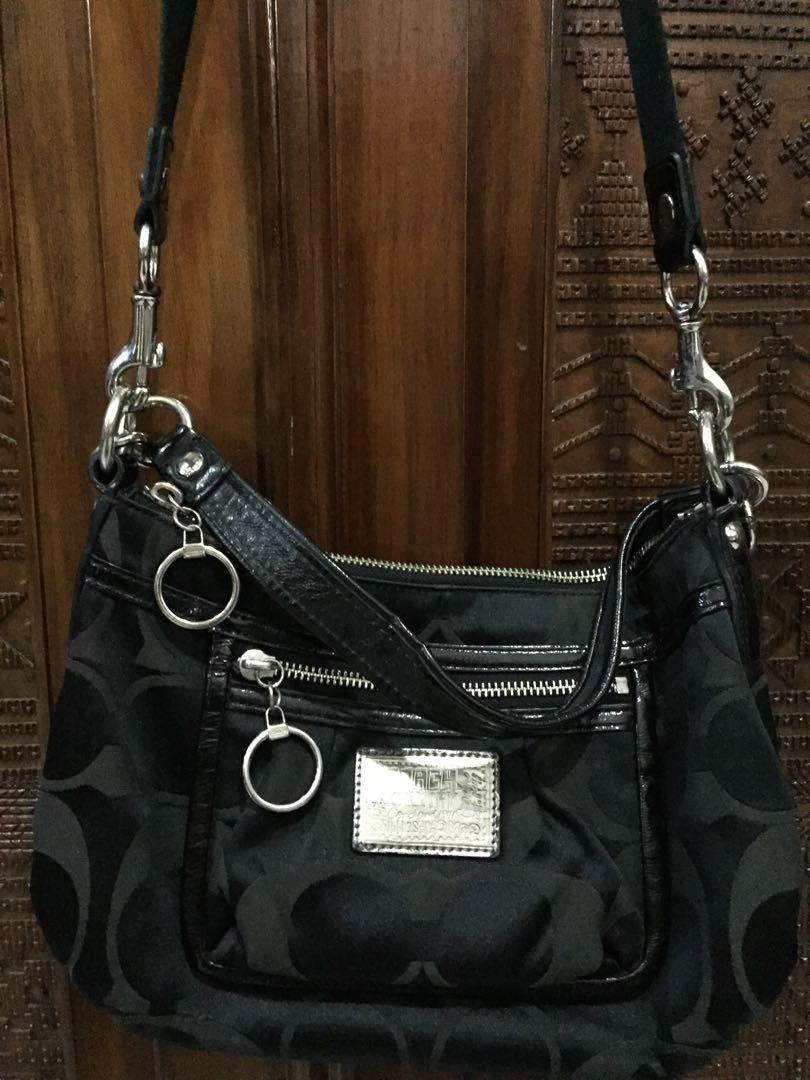 Coach poppy sling bag